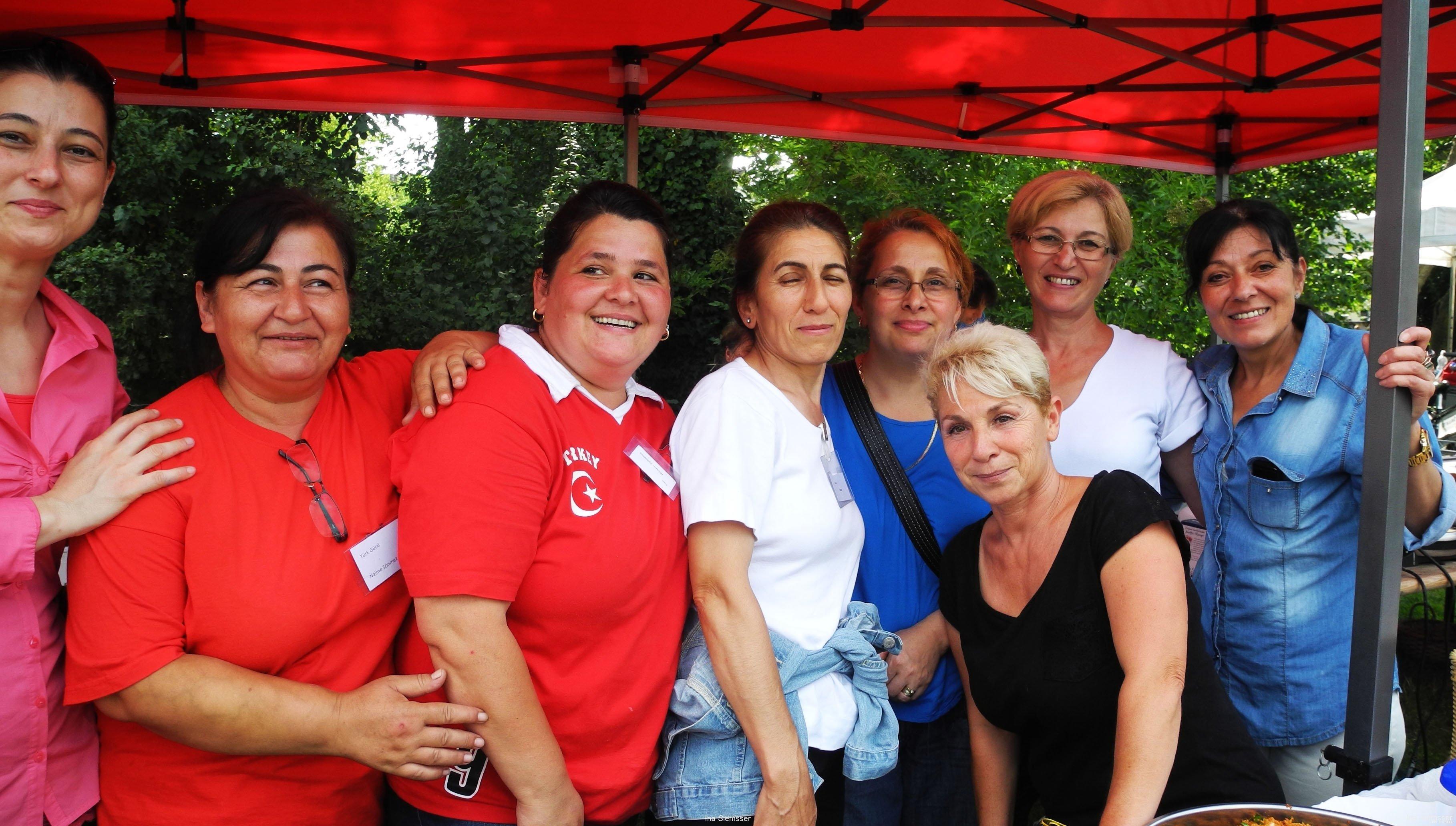 Frauengruppe-Turkgucu