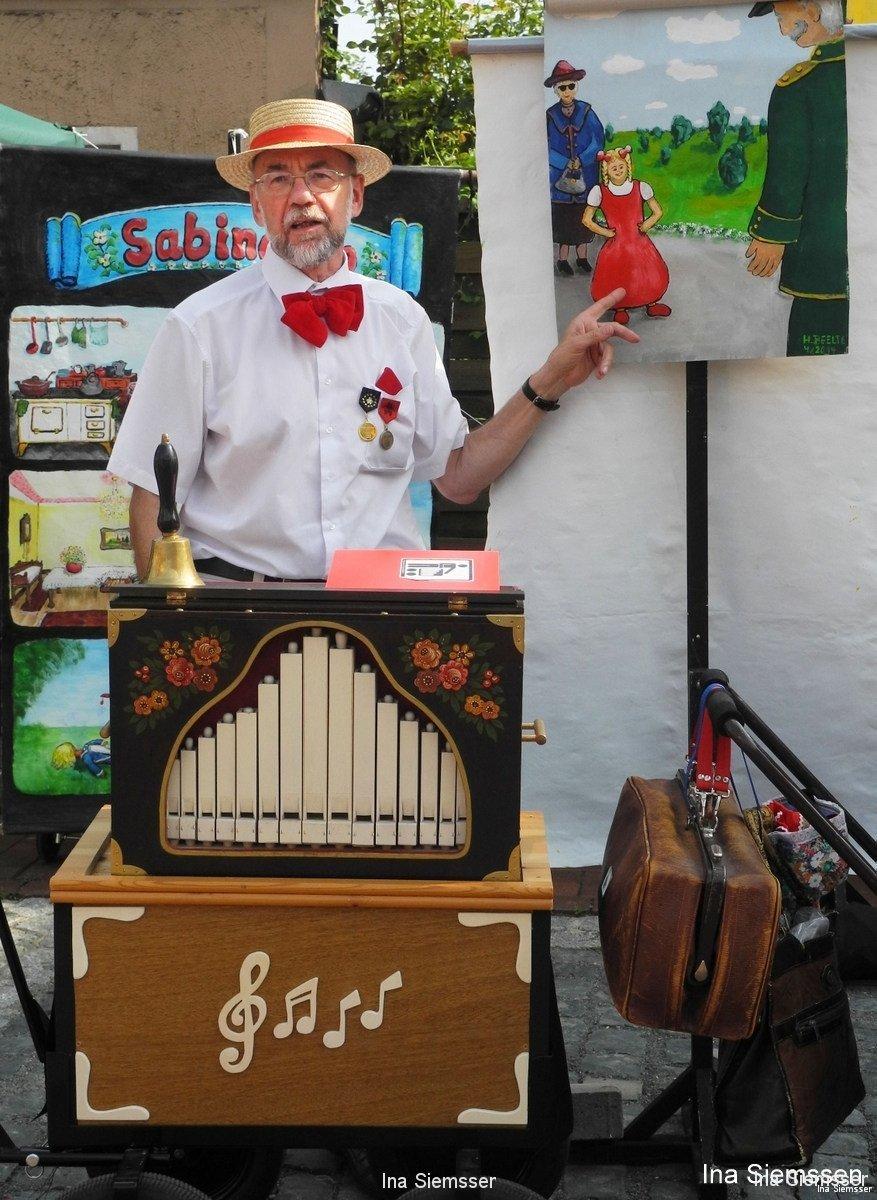 Helmut-Beelte-Drehorgelspieler-I