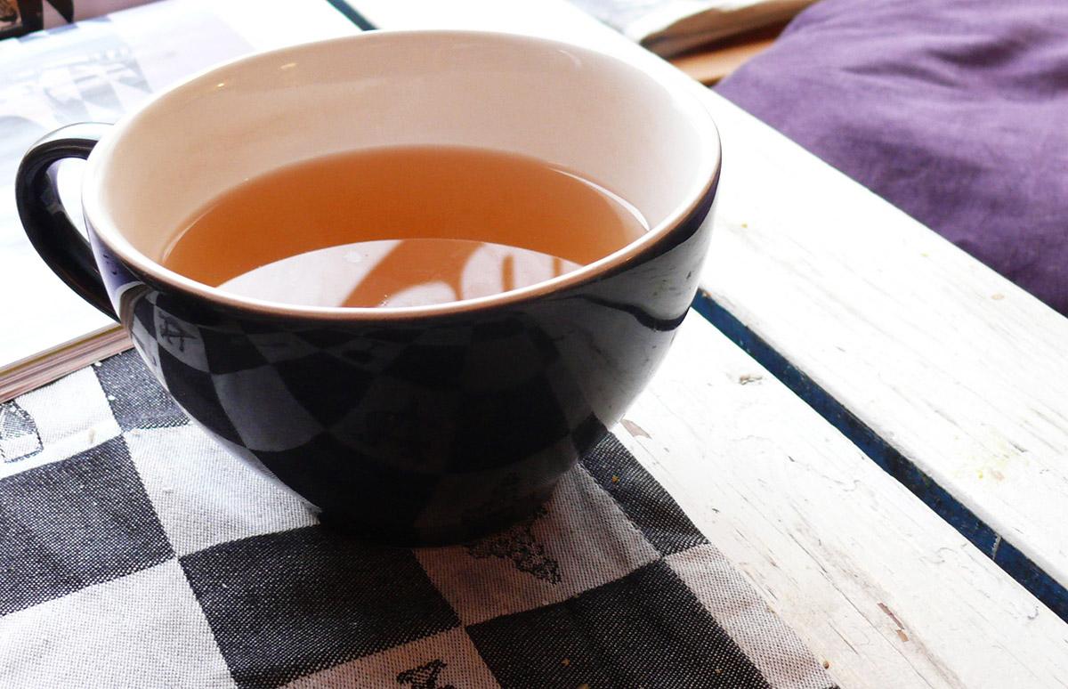 Tante-Suse-Biosk-Tee